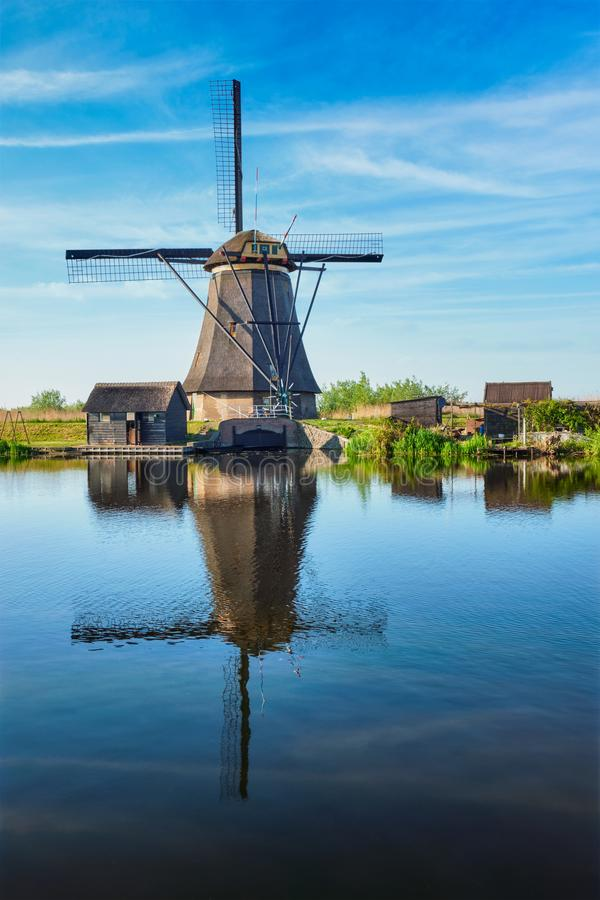 Mulini a vento a Kinderdijk in Olanda netherlands immagine stock