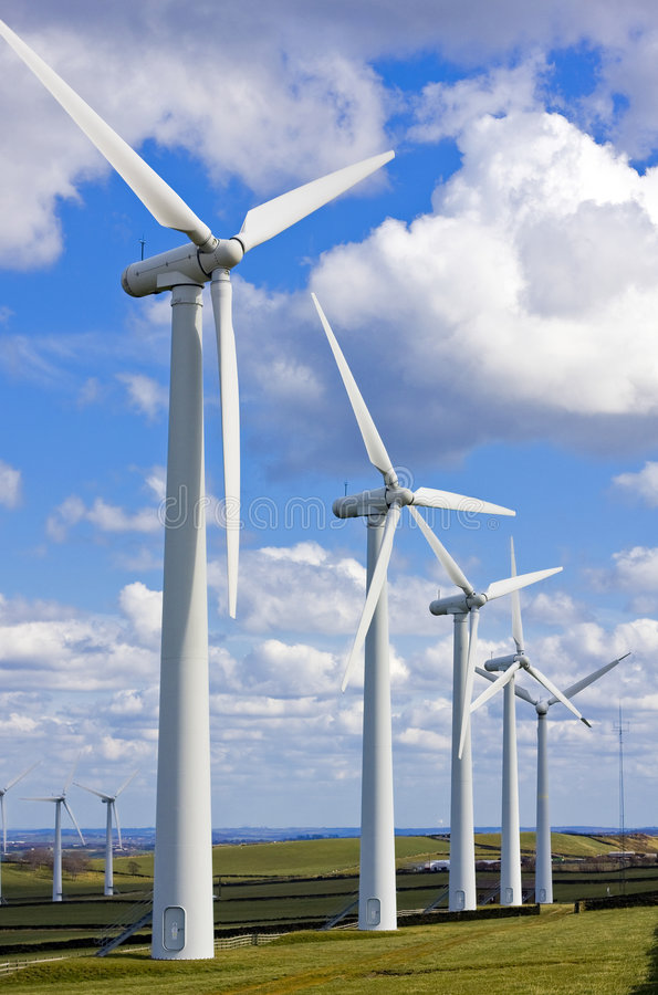 Mulini a vento nel windfarm fotografie stock