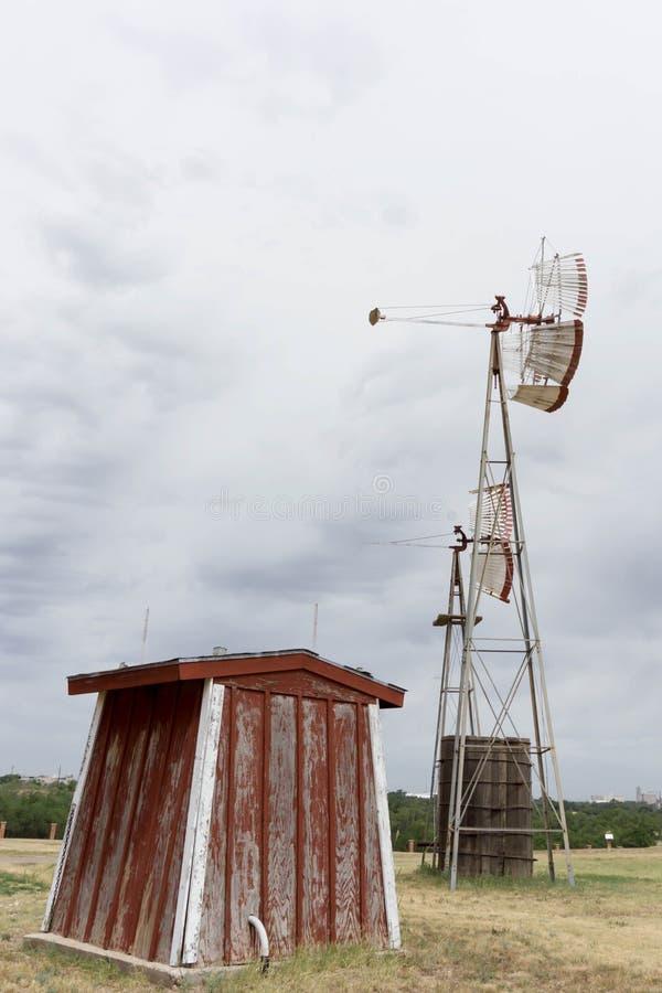 Mulino a vento immagine stock