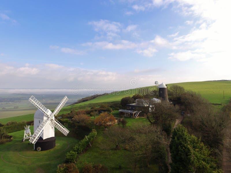Mulino a vento di Jill su Clayton Hill Sussex fotografia stock libera da diritti