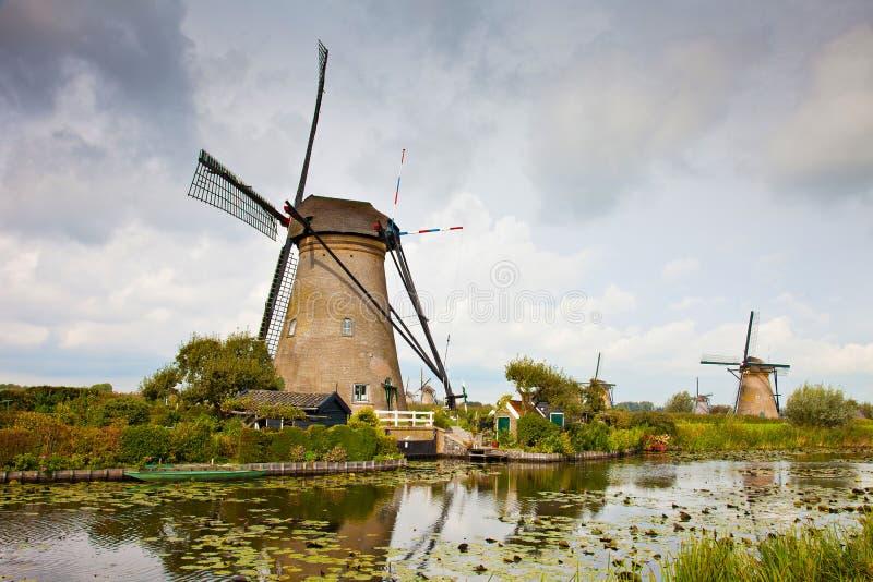 Mulino a vento in Kinderdijk fotografia stock libera da diritti