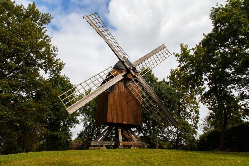 Mulino a vento tedesco tradizionale immagine stock libera da diritti