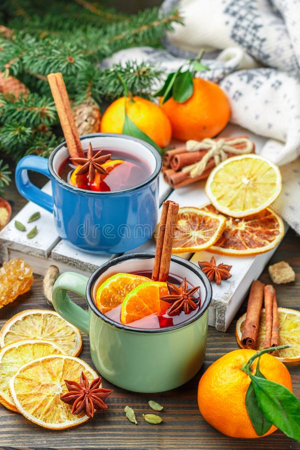 Free Mulled Wine. Traditional Hot Winter Alcoholic Or Non-alcoholic Drink Royalty Free Stock Photography - 166600127