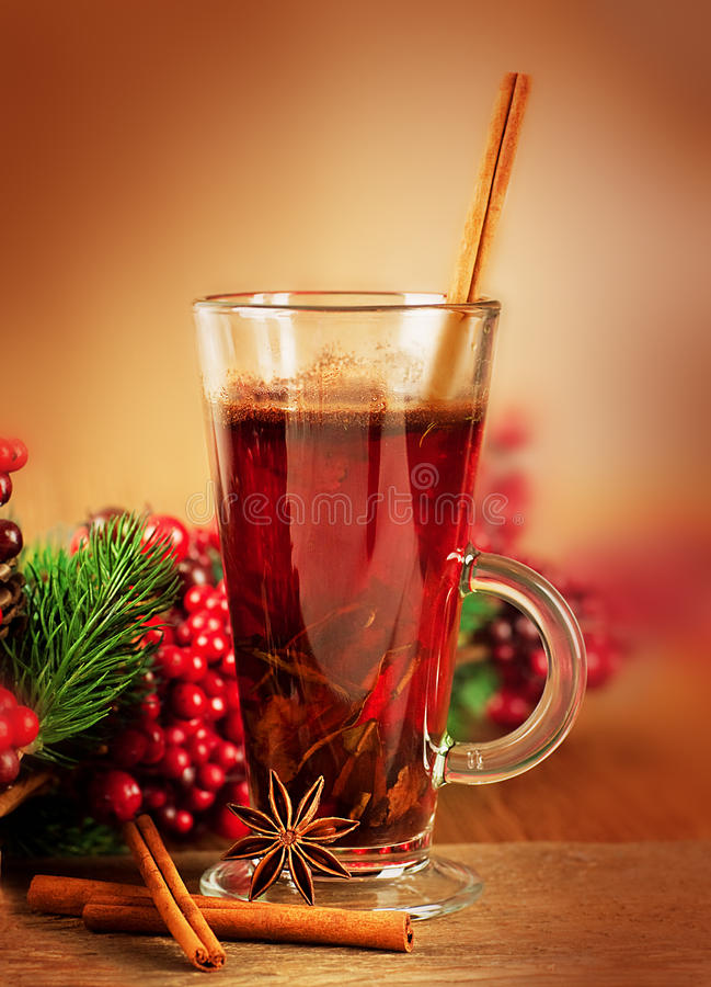 Download Mulled Wine From Wine And Cinnamon Stock Image - Image: 27995209