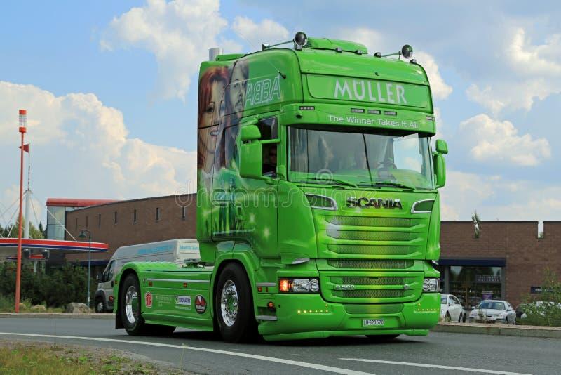 Muller ABBA Scania R520 le gagnant le prend tout photo libre de droits