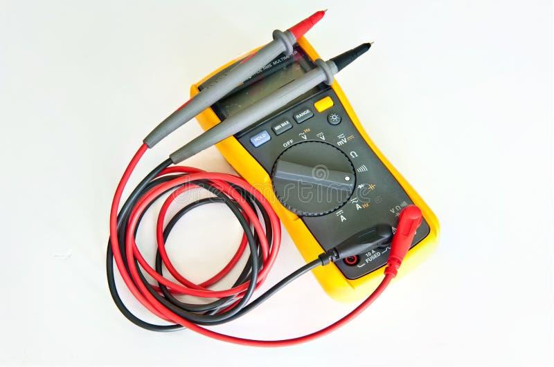 Multímetro eletrônico de Digitas imagens de stock