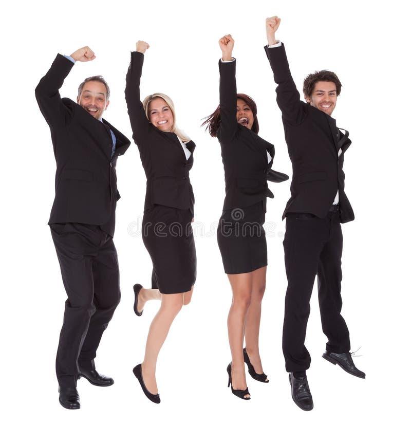 Multi этническая команда бизнесменов стоковое фото