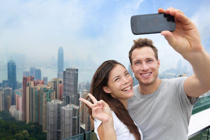 Multi-etnisch Chinees Kaukasisch paar in Hong Kong stock afbeelding