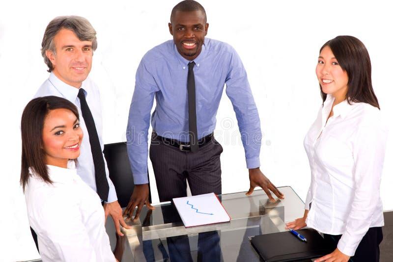 Multi-etnisch team tijdens een vergadering royalty-vrije stock foto's