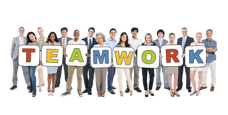 Multi-etnische Bedrijfsmensen en Groepswerkconcepten stock afbeelding