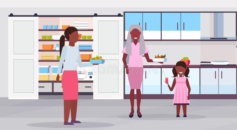 Multi família da geração que prepara a mãe afro-americano da avó do alimento junto e a filha da criança que comem o café da manhã ilustração royalty free