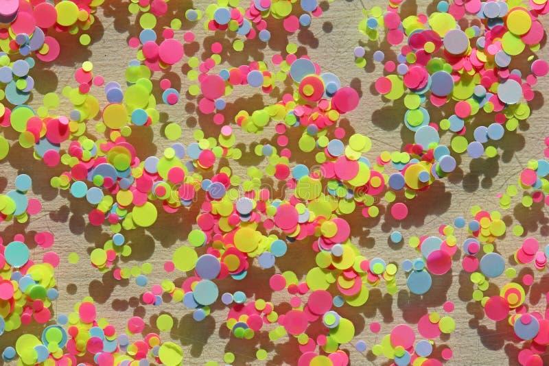 Multi farbige Paillette für den Entwurf von Nägeln funkeln Folie für Nagelservice Funkelnder Schönheitsschimmer, Funkeln hell lizenzfreie stockfotos