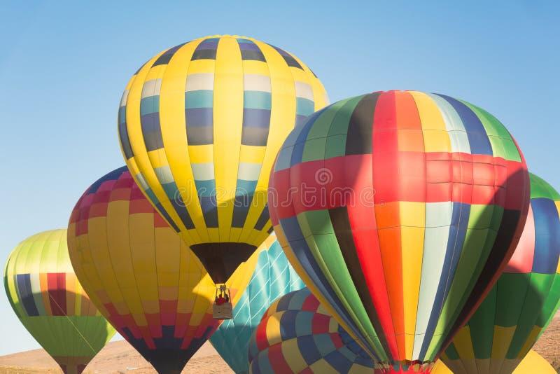 Multi gekleurde hete luchtballons stock foto