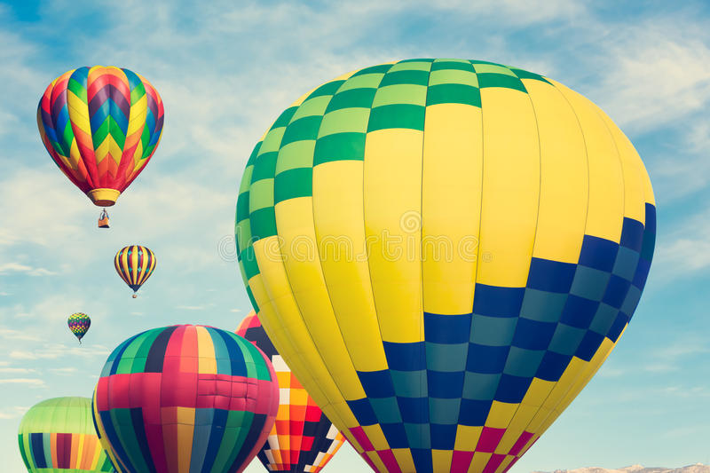 Multi gekleurde hete luchtballons stock fotografie