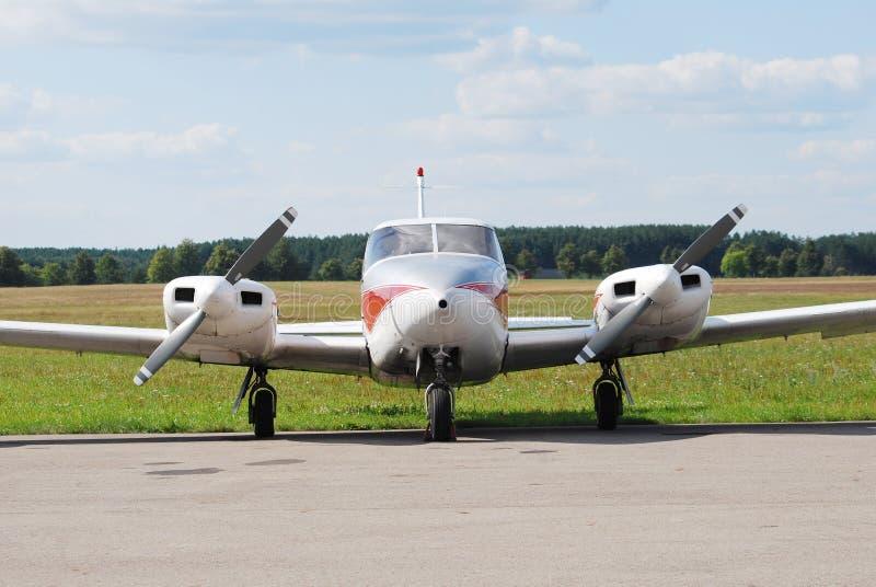 Multi Motorflugzeug stockfotos