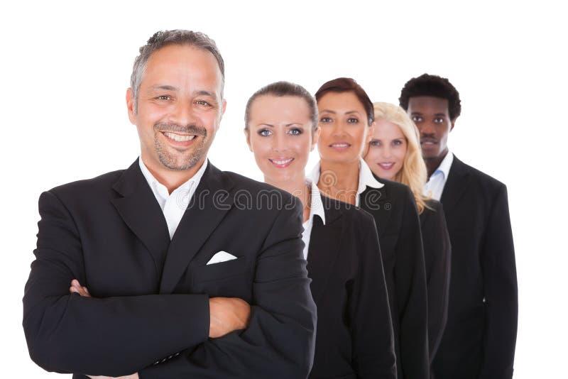 Multi-racial groep bedrijfsmensen royalty-vrije stock afbeeldingen