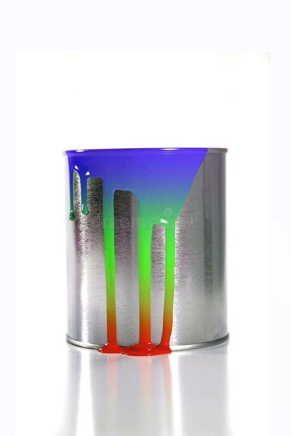 Multi secchio colorato sudicio della vernice immagini stock