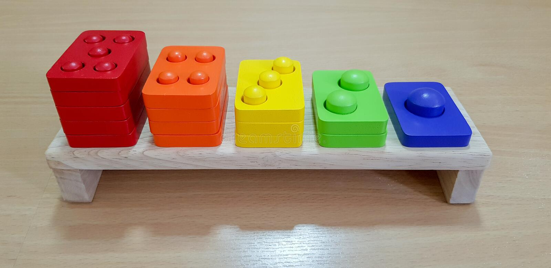 Multicolor деревянная игрушка стоковое изображение