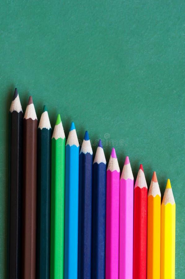 multicolor blyertspennor för crayon royaltyfria foton