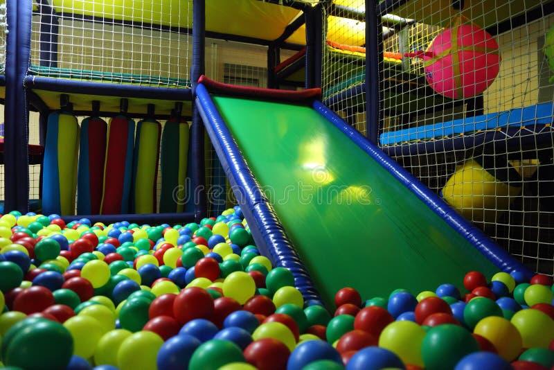 multicolor playroom s för bollbarn fotografering för bildbyråer