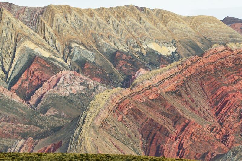 Multicolored berg als Serrania del Hornoca wordt bekend die royalty-vrije stock fotografie