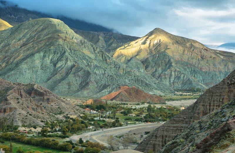 Multicolored berg keurige Purmamarca royalty-vrije stock afbeeldingen