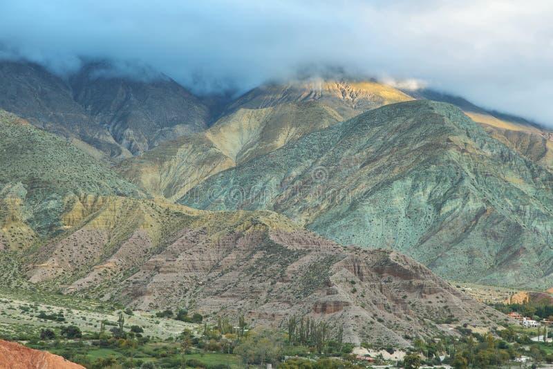 Multicolored berg keurige Purmamarca royalty-vrije stock foto's