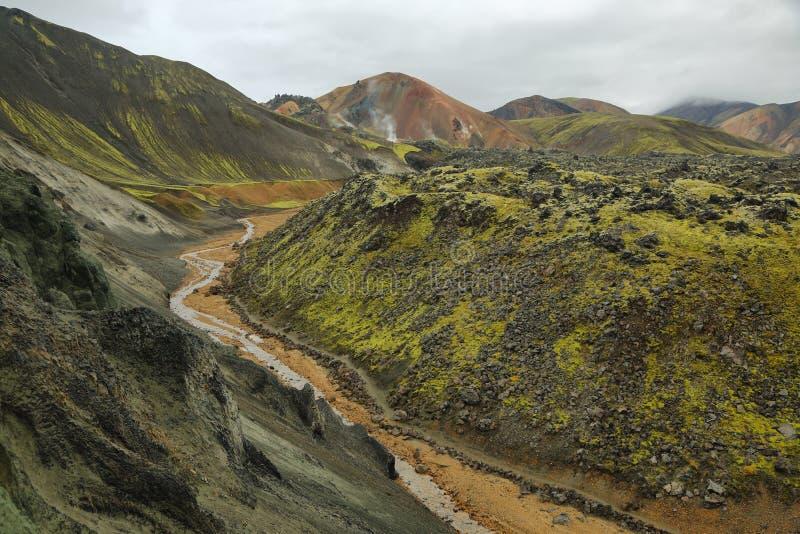 Multicolored bergen in Landmannalaugar, stock foto