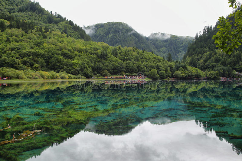 Multicolored meer i in Jiuzhaigou, China, Azië stock foto's