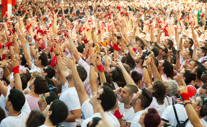 Multidão Cheering de povos fotos de stock