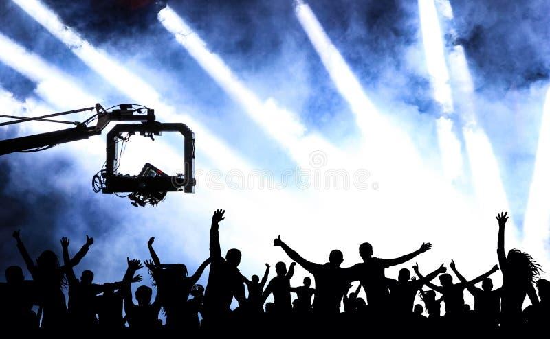 Multidão de povos alegres em um concerto Partido da juventude da dança, ilustração ilustração stock