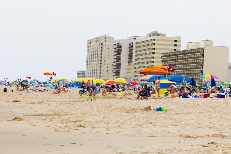 Multidão de Virginia Beach foto de stock royalty free