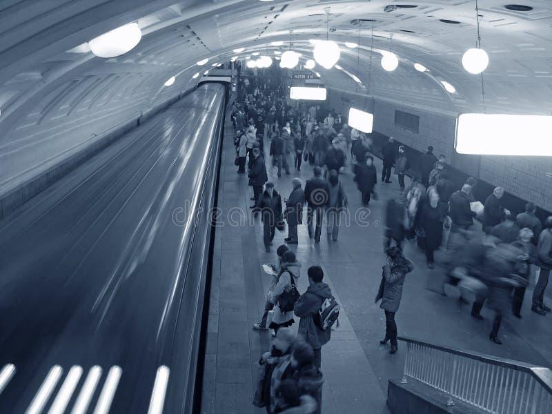 Multidão do metro fotografia de stock royalty free