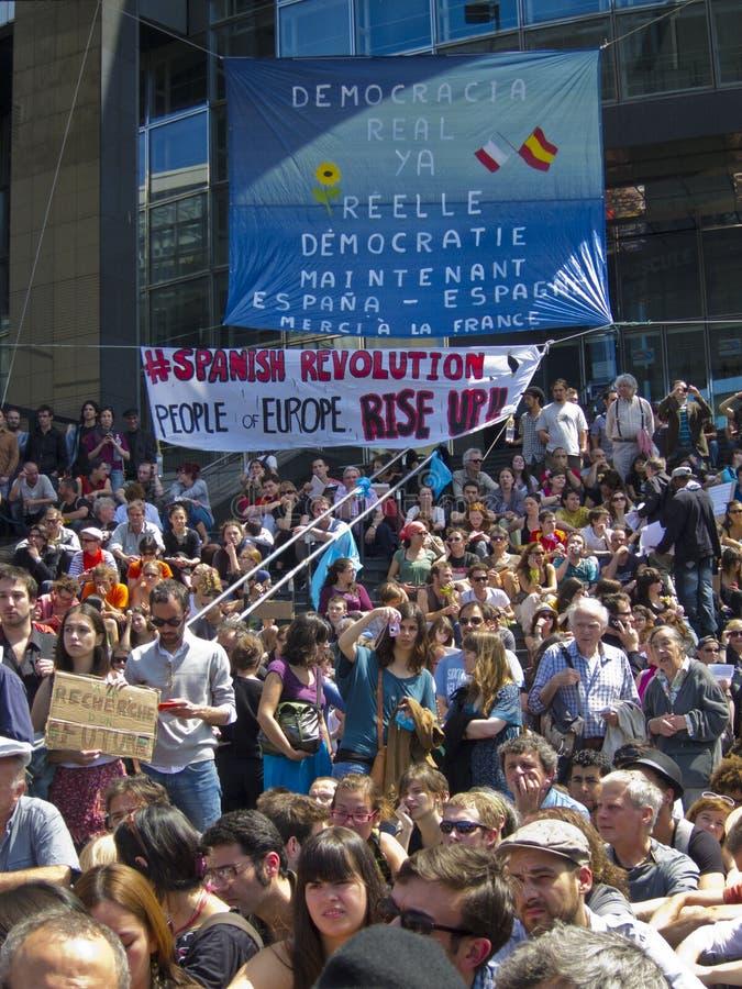 Multidão que demonstra na sustentação de Revoluti espanhol imagens de stock royalty free