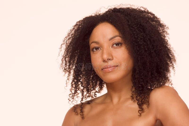 Multiraciale schoonheid, etnische zwarte en Spaanse mengeling royalty-vrije stock afbeelding