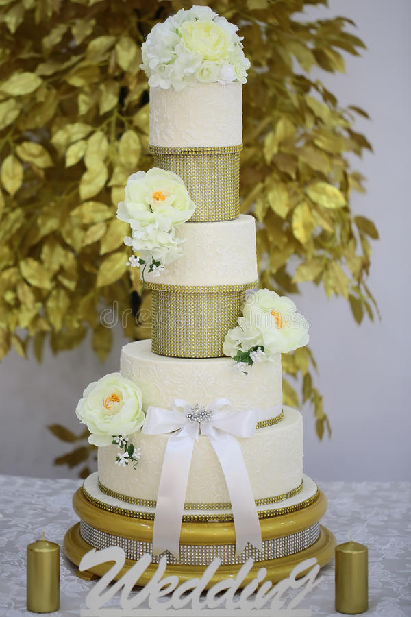 Multistage dessert wedding cake stock photography