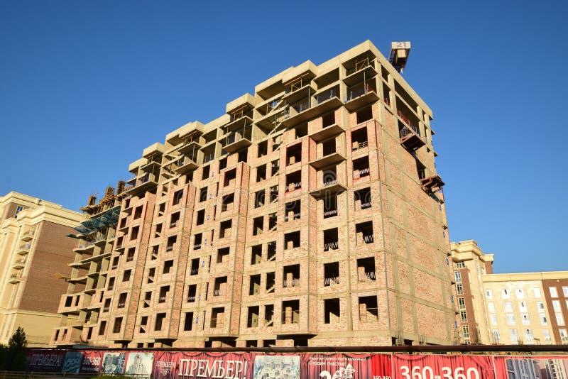 Multistorey будучи построенным здание стоковые фотографии rf