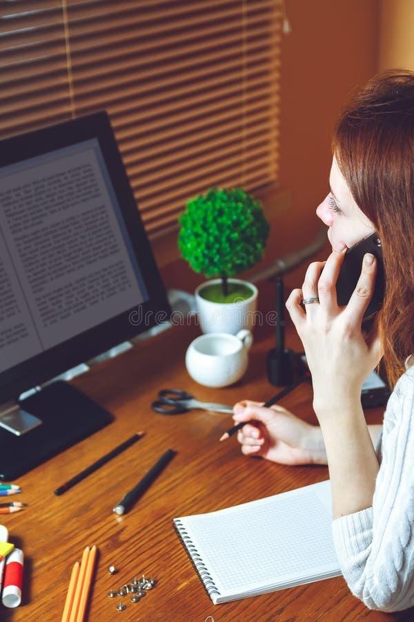 Multitasking pojęcie telework pojęcie zdjęcie stock