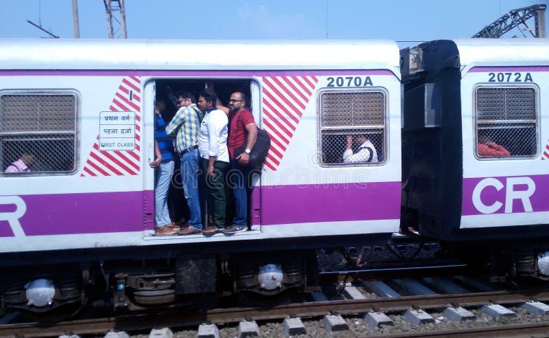 Mumbai miejscowy Dostępny bogactwo i bieda obrazy stock