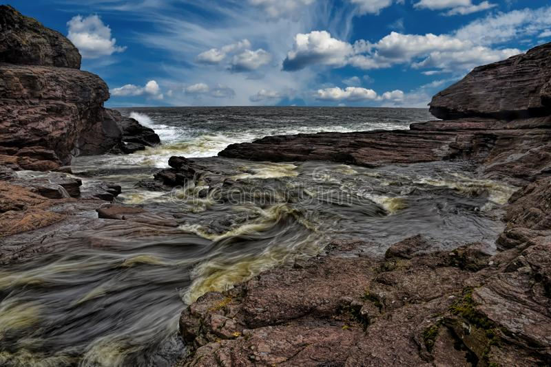 Mun av den stora floden i Newfoundland royaltyfri bild
