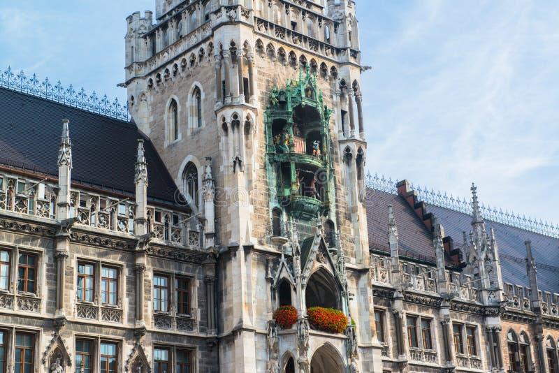 Munchen nytt stadshus Marienplatz royaltyfri fotografi