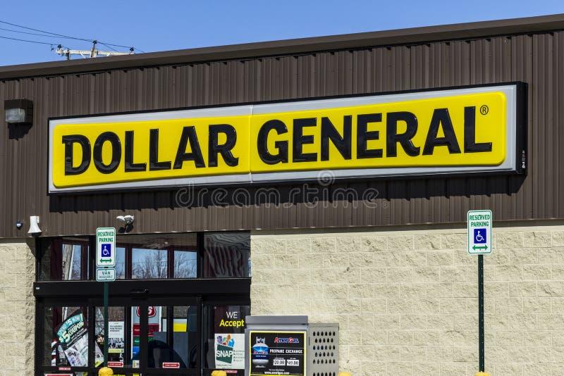 Muncie - vers en mars 2017 : Emplacement au détail général du dollar Le général du dollar est un détaillant de remise de De petit images libres de droits