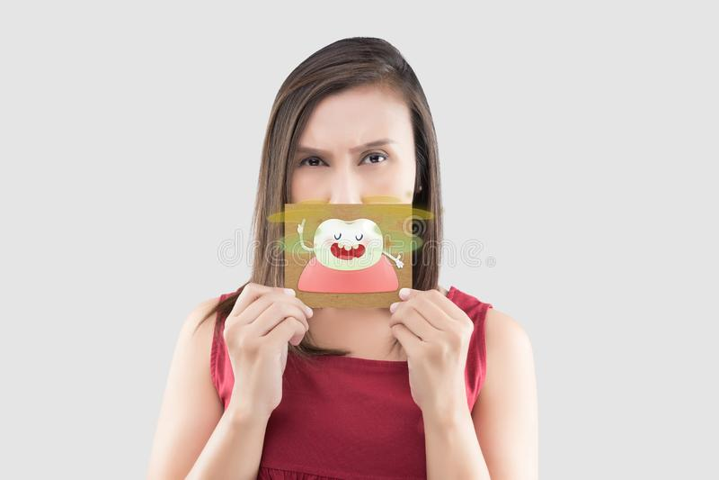 Mundgeruch oder ?blerer Mundgeruch lizenzfreies stockbild