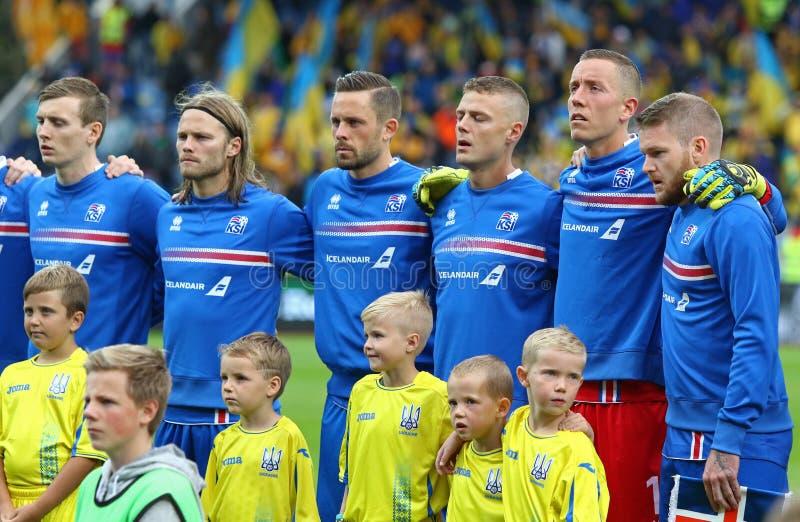 Mundial 2018 que califica: Islandia v Ucrania en Reykjavik fotos de archivo