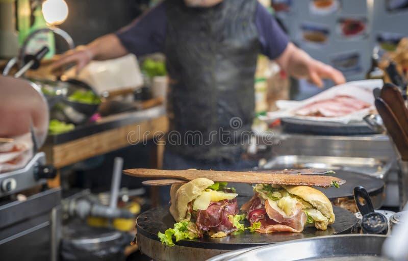 Mundo de fazer sanduíches fotos de stock