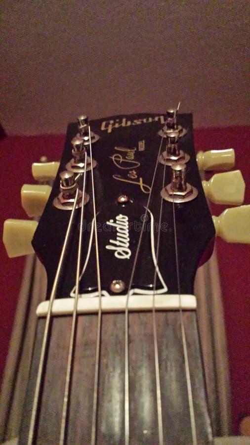 Mundo de la guitarra fotografía de archivo