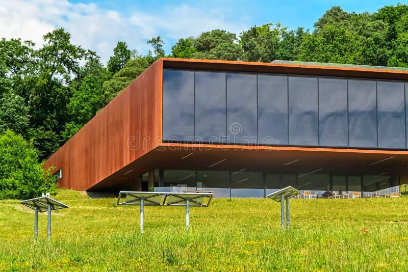 Mundo dos Celts - parque arqueológico e museu em Glauberg, Hesse, Alemanha imagem de stock