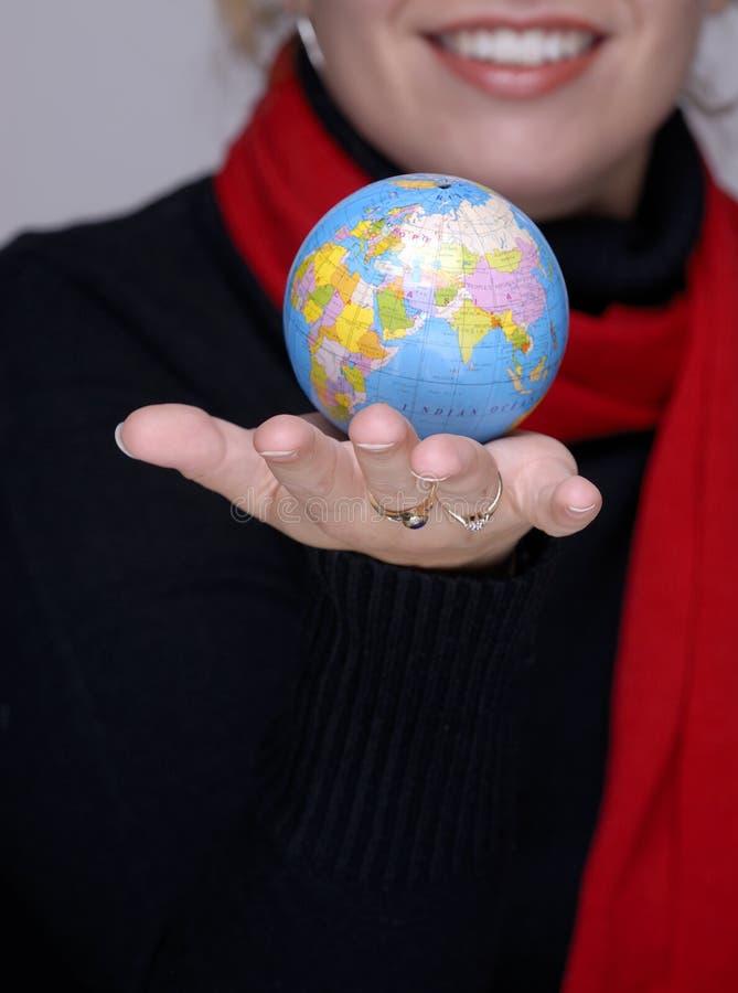 Mundo en su mano foto de archivo libre de regalías