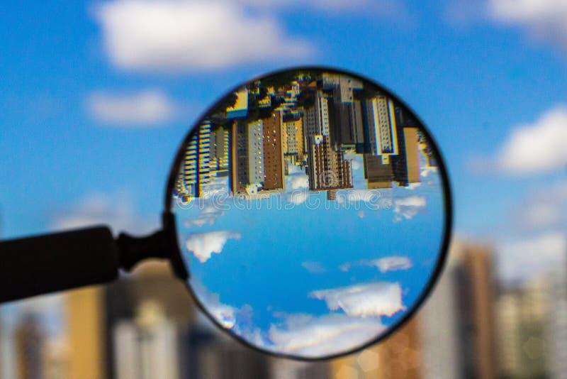 Mundo upside-down imagem de stock