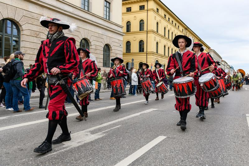 MUNICH, BAVARIA, GERMANY - MARCH 11, 2018: drummers group of Ka. Ufbeuren in Middle Ages clothing at the St. Patrick`s Day Parade. Name of the band is Kaiser royalty free stock photos